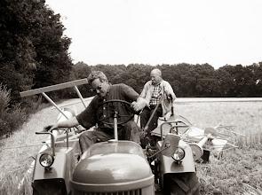 Photo: Dorsen (zelfbinder) Evert en Albert Mennega