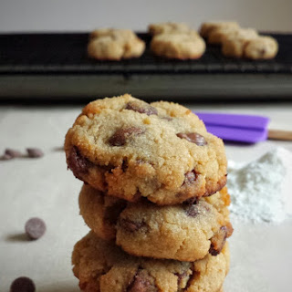 Coconut Flour Chocolate Chip Cookies (Gluten-free)