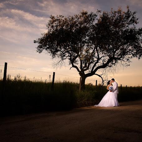 Wedding photographer Deise Zini (DeiseZini). Photo of 11.04.2016