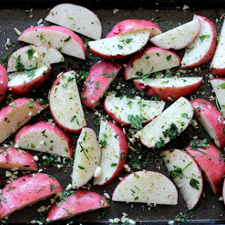 Garlic Roasted Red Potato Wedges with Olive Oil and Rosemary
