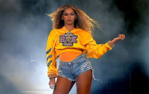 The simple secret behind Beyoncé's budge-proof Coachella beauty look