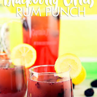 Blackberry Citrus Rum Punch #SunsOutRumsOut.