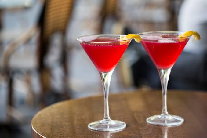 drinks-that-dont-taste-of-alcohol_cosmopolitan