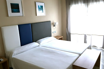 Superior Double Room<br>with Partial Sea