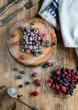 Photo: Cheesecake con frutos rojos http://bearecetasymas.blogspot.com.es/2015/01/cheesecake-con-frutos-rojos.html Beatriz / Valladolid / Nikon D7100
