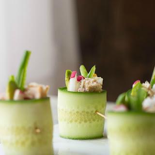 Spicy Tuna Cucumber Sushi Rolls.