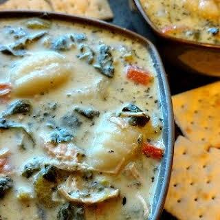 Crock-Pot Chicken Gnocchi Soup (Olive Garden Copycat).