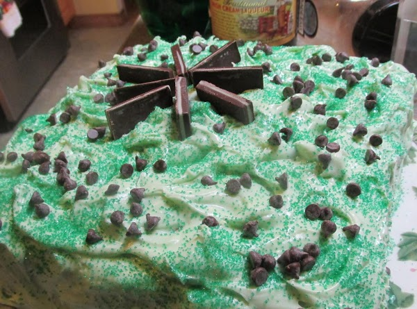Marble Mint & Chips Layer Cake Recipe