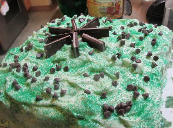 Marble Mint & Chips Layer Cake