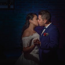 Wedding photographer Oscar Ossorio (OscarOssorio). Photo of 14.12.2017