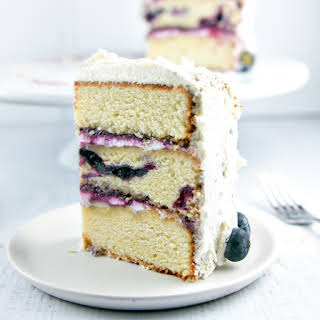 Vanilla Cake With Fruit Topping Recipes.