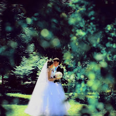 Wedding photographer Adelya Garifullina (AdelyaGm). Photo of 19.06.2013