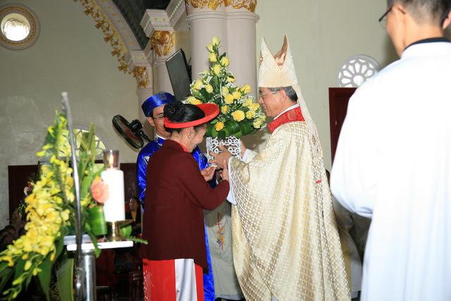 GP Phát Diệm: Gần 300 cặp vợ chồng mừng kỷ niệm thành hôn - Ảnh minh hoạ 4