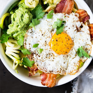 Keto Breakfast Zoodles With A Suuuper Creamy Avocado Sauce.