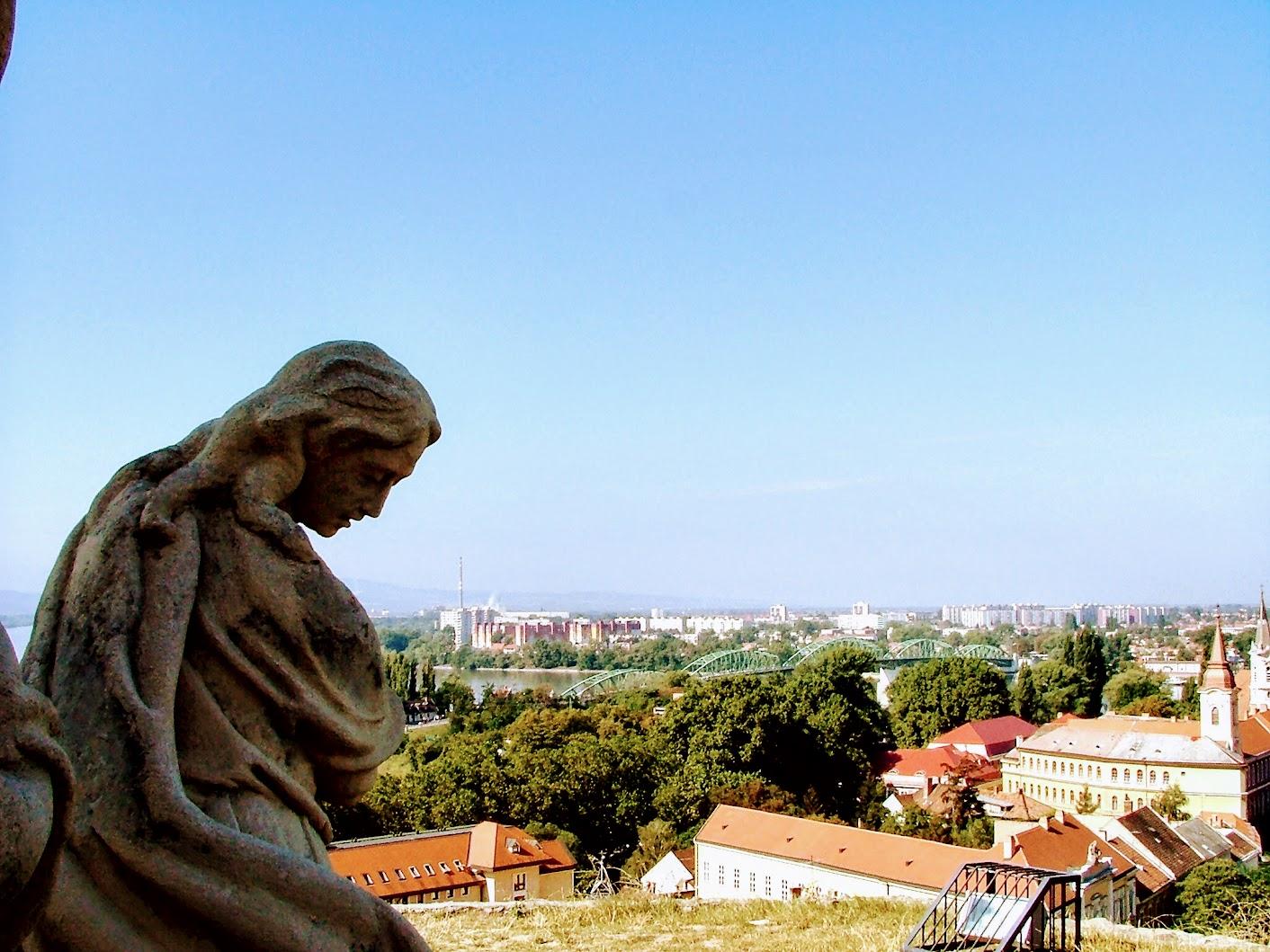 Esztergom - Szent Tamás-hegyi Fájdalmas Szűz kálváriakápolna és hét stációs kálvária