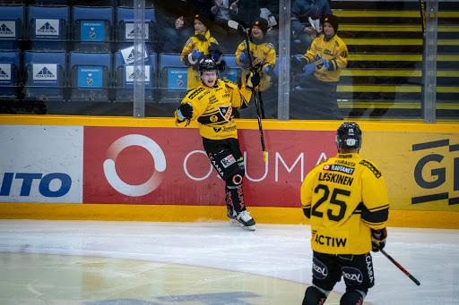 Aleksi Klemetti onnistui maalinteossa viikonlopun molemmissa otteluissa. (Kuva: Ukko Juntunen)