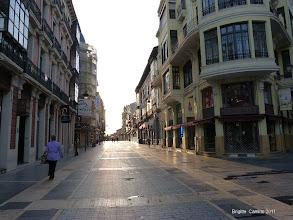 Photo: Le calme des rues de Leon au petit matin