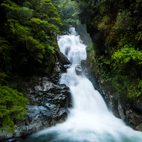 Waterfall from Milford sound by Santhosh Pereparambil - Landscapes Waterscapes ( nikon 16 35 vr, nikon d750, milford sound, water falls, new zealand )
