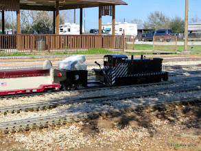 Photo: Gary Brothers loco with his trailer and pickup in the back ground.    HALS Chili Fest Meet 2014-0227 RPW