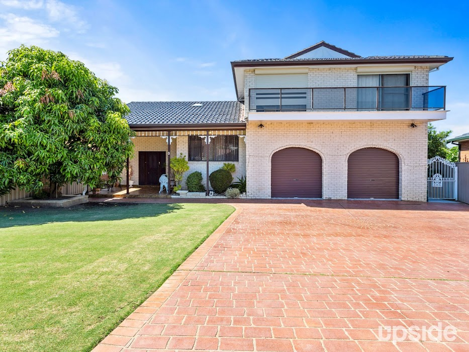 Main photo of property at 3 Cairns Place, Wakeley 2176