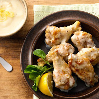 Creamy Parmesan-Garlic Chicken Wings