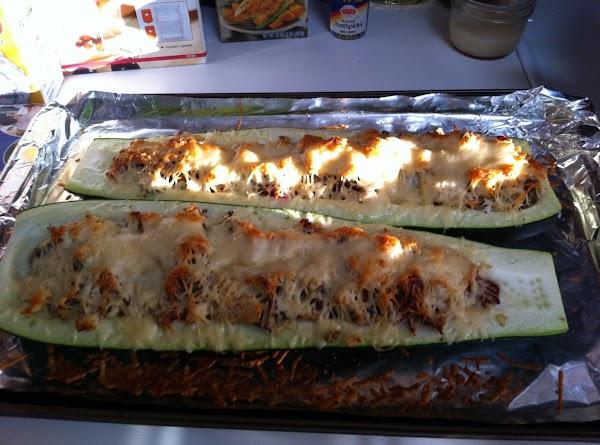 Chicken And Pesto Stuffed Zucchini Recipe
