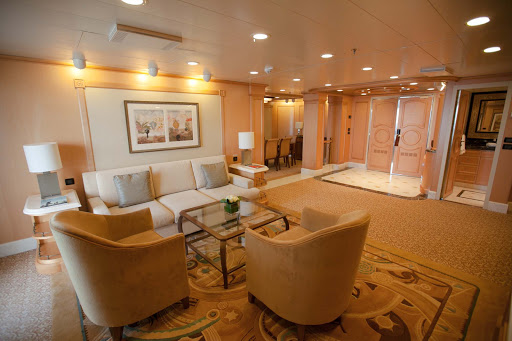 Queen-Elizabeth-Q1-Suite-living-area - The living area in the ritzy Q1 Suite aboard Queen Elizabeth.