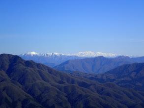 右から能郷白山・白山・小津権現山・花房山など