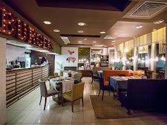 Ресторан Burgers and Crabs