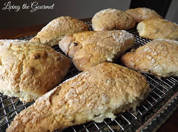 Raisin-orange Scones Recipe