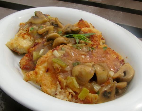 Chicken Cutlets With Tarragon-mushroom Sauce Recipe