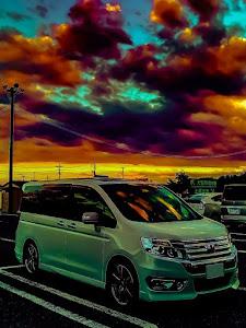 ステップワゴンスパーダ RK5 Zグレード 2013年式のカスタム事例画像 すがさんさんの2018年10月13日20:05の投稿