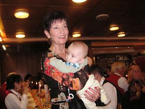 Photo: Lotti mit der jüngsten Teilnehmerin oder Teilnehmer!