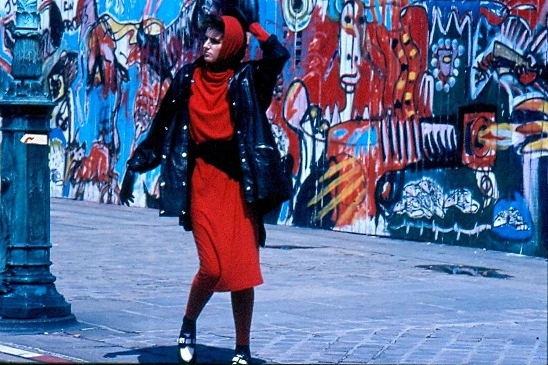 La signora in rosso di dotlinob