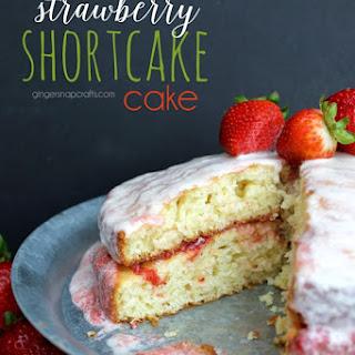 Strawberry Shortcake Cake {recipe}.