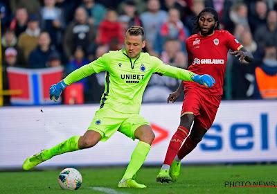 """Simon Mignolet évoque son avenir avec le Club Bruges : """"Je ne pense pas à partir"""""""