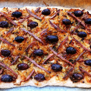 """Pissaladière – anchovy onion """"pizza"""" from Nice"""