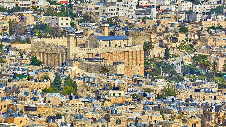 Inside Hebron - Among the Settlers