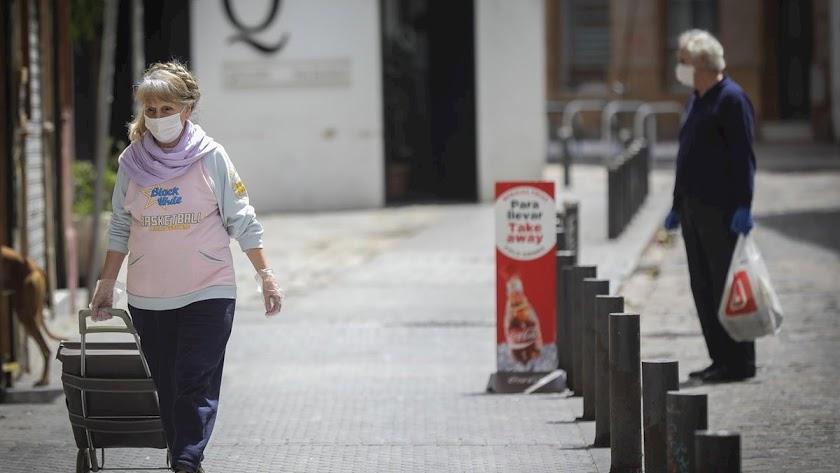 Málaga vuelve a ser la que más positivos registra en las últimas 24 horas con 153 casos.