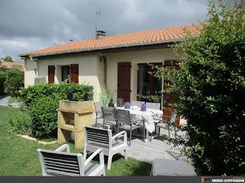 maison à Castelnaud-de-Gratecambe (47)