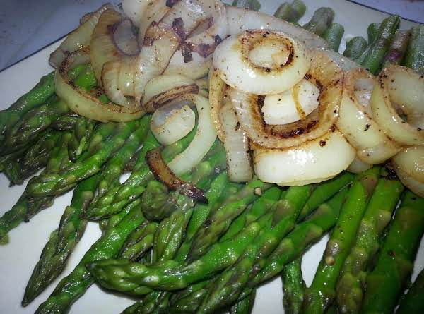 Easy Riesling Asparagus & Onions