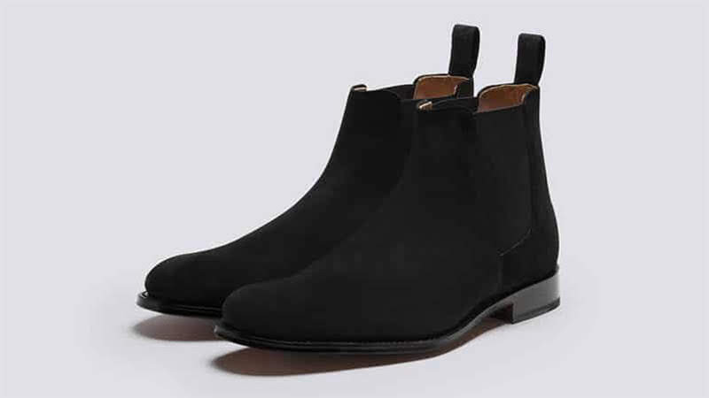 Vệ sinh giày da lộn màu đen 22