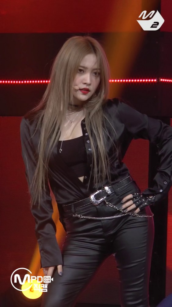 bad_boy_yeri_fancam_m_countdown_08_02_2018_115062