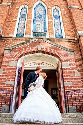 it's done by Jody Jedlicka - Wedding Bride & Groom ( wedding photography, weddings, wedding, midwest, bride and groom )