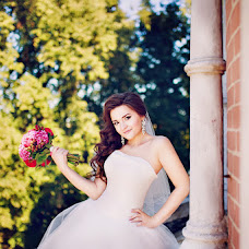 Wedding photographer Nika Zavyalova (Fotlisa). Photo of 11.12.2015