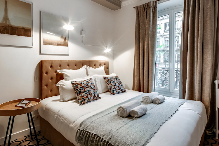 1 bedroom apartment at Saint Germain