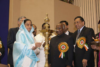 Photo: Her Excellency The President of India Mrs. Pratibha Devisingh Patil lighting the lamp