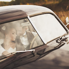 Wedding photographer Maksim Denisenko (MaximDenisenko). Photo of 27.02.2014