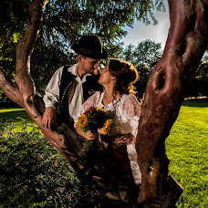 Wedding photographer Slagian Peiovici (slagi). Photo of 09.02.2018