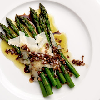 Asparagus with Balsamic Vinegar and Shaved Parmesan Recipe